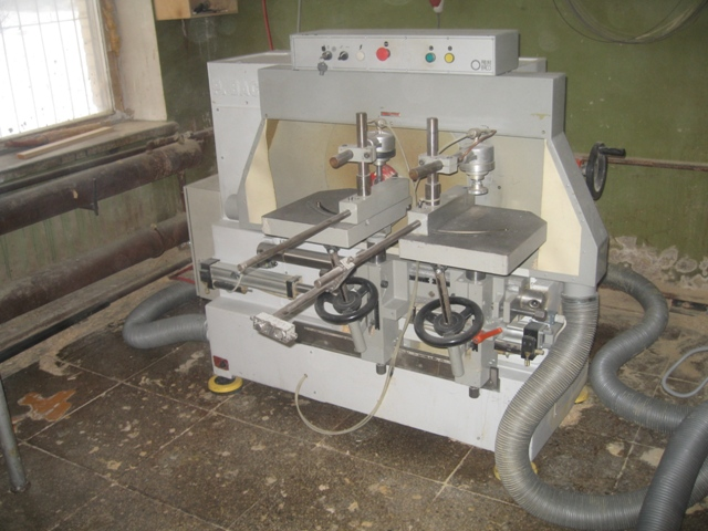 Шипорезный станок полуавтоматический BACCI TSG2T