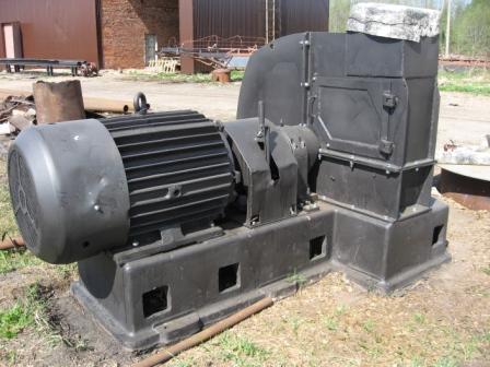 Рубительная машина с верхней выгрузкой МРГ 2-20