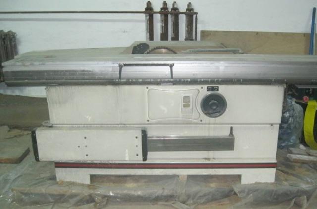Форматно-раскроечный станок JTSS-2500