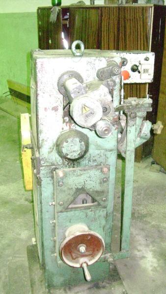 Полуавтомат для плющения и формирования рамных пил ПХФ-4