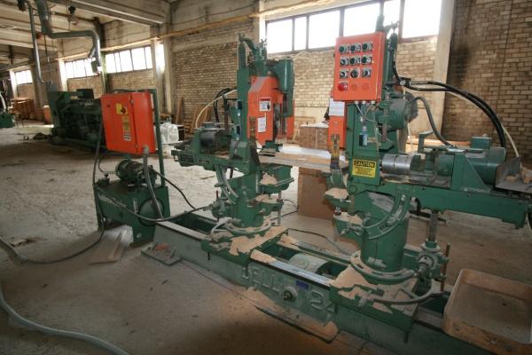 Торцовочно-сверлильный станок  Bell Machine 24В